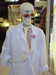 De medische wetenschap heeft zeer veel voordelen. Hopelijk komt er geen kentering van het tij.