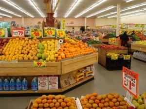 Supermarkt presentatie is optimaal in de VS. De voedselkwaliteit heeft een lagere prioriteit