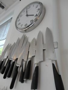 Het wordt hoog tijd dat onze NVWA de messen gaat slijpen om het klooivoedsel in Nederland de kop in te drukken