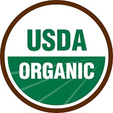 Dit is het logo van biologische producten in de VS. Hieraan zijn veel mildere regels verbonden die door een overheids orgaan USDA gehandhaafd wordt